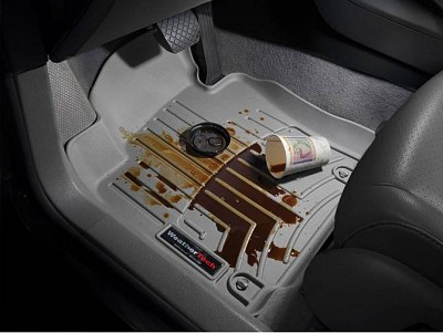 weathertech-digital-fit-floor-mat-protects-against-spills